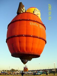 25 Most Amazing Hot Air Balloons Ever Bubble Balloons, Helium Balloons, Orange Balloons, Air Ballon, Hot Air Balloon, Balloons Galore, Balloons And More, Balloon Rides, City Limits