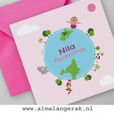 Met een moeder uit India en een vader uit Nederland moesten er elementen uit zowel Nederland als India op dit #maatwerk #geboortekaartje staan.   #tajmahal #olifant #geboortekaartjes #palmbomen #nederland #india #aapje #koe #bomen #wereldkindje #wereldbol #geboortekaartjes #cartoon #internationaal #stel #mix