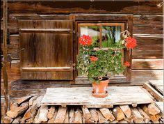 Glentleiten - window and flowers | Flickr - Photo Sharing!