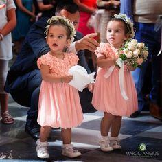 Ma quanto sono belle queste paggette ???   http://goo.gl/8als32   #paggette #marcoangius #photography #wedding #escusivo #bride #sposa#dress #fotografo #matrimonio #weddingphoto #Festa #luxury #italy#weddingphotographer #atmosfera #foto #weddingplanner #weddinginitaly#cagliari #sardegna