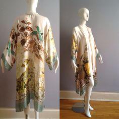 Robe Kimono en soie Pure Vintage ~ Floral et oiseaux Motif ~ drapé pure Duster