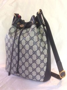 279e1aad3ad1 Details about VINTAGE GUCCI WEB GG SUPREME COATED CANVAS MESSENGER  CROSSBODY BAG ITALY