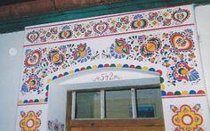 lanzhot Polish Folk Art, Pattern Art, Art Patterns, Acropolis, Beautiful Patterns, Stitch Patterns, Culture, Mirror, European Countries