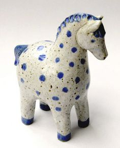 home decor art Pottery Animals, Ceramic Animals, Horse Sculpture, Animal Sculptures, Ceramics Projects, Clay Projects, Ceramic Pottery, Ceramic Art, Ceramic Figures