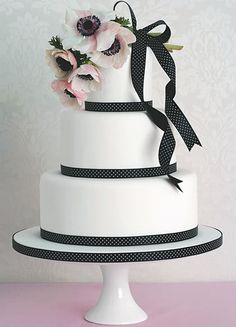 Peggy Porschen Cakes has a selection of Birthday cakes and cupcakes. Black White Cakes, Black And White Wedding Cake, White Wedding Cakes, Beautiful Wedding Cakes, Beautiful Cakes, Gorgeous Gorgeous, Ribbon Wedding, Beautiful Bouquets, Pink Black