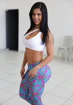 Pictures of Eva Andressa Vieira images). This site is a community effort to recognize the hard work of female athletes, fitness models, and bodybuilders. Teen Brunette, Fit Women, Sexy, Hot Girls, Fashion Beauty, Two Piece Skirt Set, Female, Style, American Girls
