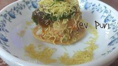 Sev Puri | Mumbai Style Chaat- Sev Puri Yummy Snacks, Healthy Snacks, Sev Puri, Chaat Recipe, Indian Street Food, Evening Snacks, Party Snacks, Mumbai, Vegetables