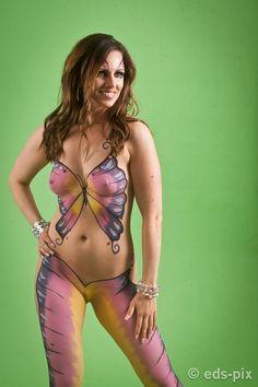 Nude wallpaper of sunny leone