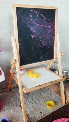 Easel for Kids DIY