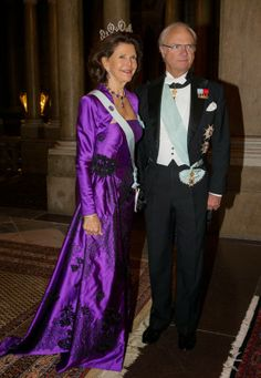 Sweden's Queen Silvia and King Carl XVI Gustaf arrive for an official dinner at the Royal Palace in Stockholm, Sweden, 03 Dec. 2013