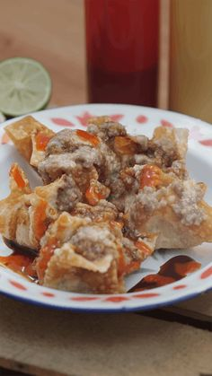 Batagor Indonesian Food, Indonesian Recipes, Tapas, Waffles, Food And Drink, Snacks, Meat, Chicken, Breakfast