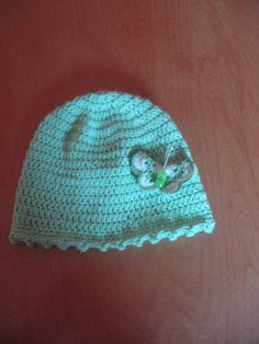Virkattu vauvan hattu.