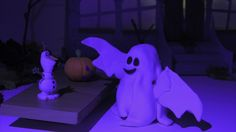Привидение оживляет тыкву на Хэллуин стоп моушн(halloween ghost makes pu...