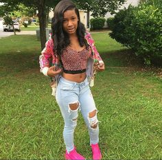 My cousin Kayla😍 Spring Outfits For School, Swag Outfits For Girls, Teen Girl Outfits, New Outfits, Summer Outfits, Cute Outfits, Fashion Outfits, Cute Girls With Braces, Black Girl Problems
