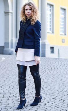 Kationette-fashionblog-nrw-Outfit-Military-Jacket-Ruffles-volants-FakeLeather-streetstyle