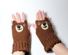Bear fingerless gloves, animal fingerless mittens, brown crochet gloves