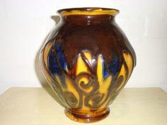 FROM: www.Klitgaarden.net Kähler (Herman A. Kähler) vase. H: 19 cm D: 15 cm from 1910-20s. Signed HAK. #kahler #ceramics #pottery #hak  #dansk #keramik #vase #danish