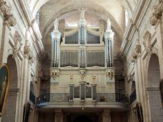 Orgue Eglise Notre Dame des Pommiers à Beaucaire Place, Roots, Olive Tree, Tourism