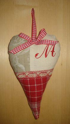 Coeur textiles anciens décoratif à la lavande : Décorations murales par rouge-lin-et-bois