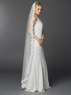 Chapel or Floor Length White Mantilla Wedding Veil with Lace