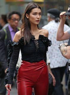 Imagem de bella hadid, model, and fashion