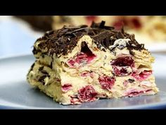 """Cake without baking """"Cherry Bliss"""". 15 minutes and you're done! – Sweet World Ideas Sweets Recipes, Cupcake Recipes, Cooking Recipes, Bulgarian Recipes, Russian Recipes, Raw Desserts, No Bake Desserts, Tiramisu Dessert, Sweet Cooking"""