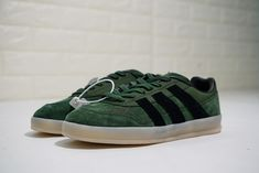Olive Green, Adidas Sneakers, Shoes, Fashion, Adidas Tennis Wear, Adidas Shoes, Zapatos, Moda, Shoes Outlet