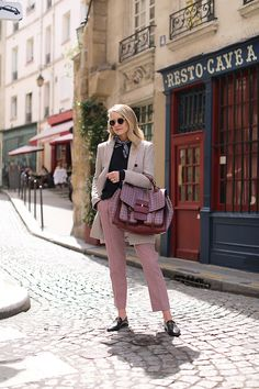 Plaid in Paris // Blair Eadie wears a Veronica Beard plaid blazer with plaid pants and Gucci loafers // Click through to see more casual suiting looks at Atlantic-Pacific Autumn Fashion Casual, Fall Fashion Outfits, Autumn Winter Fashion, Trendy Outfits, Cute Outfits, Women's Fashion, Plaid Blazer, Plaid Pants, Cropped Pants