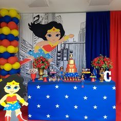 Festa Mulher Maravilha: tutoriais e 70 ideias para fazer a sua Wonder Woman Birthday, Wonder Woman Party, Girl Birthday, Birthday Parties, Ben Y Holly, Superman Birthday, Mermaid Parties, Diy Entertainment Center, Superhero Party