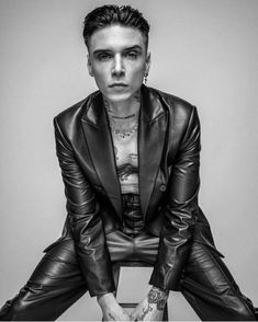 Andy Black, Andy Biersack, Black Veil Brides, Leather Trousers, Cycling Outfit, Celebs, Celebrities, Lady And Gentlemen, Pretty Boys