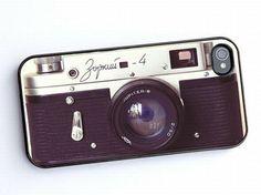 Los amantes de la fotografía pueden disfrazar sus iPhones con esta tapa que imita una cámara.