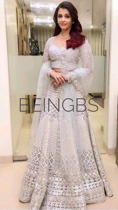 Aishwarya Rai Photo, Actress Aishwarya Rai, Bollywood Actress, Latest Bridal Lehenga, Hot Dress, Woman Clothing, Indian Dresses, Formal Dresses, Wedding Dresses