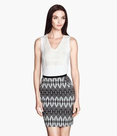 Love the print on this skirt