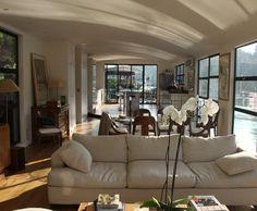 cette p niche am nag e sur la seine va vous faire r ver peniche et d co. Black Bedroom Furniture Sets. Home Design Ideas