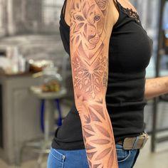 "Tattoo Potsdam Body Temple on Instagram: ""Ein Tag ein Tattoo ein Dienst(Tag) Bunte Grüsse, @lemme_body_temple #lemmepotsdam"" Body Is A Temple, Tribal Tattoos, Bunt, Instagram, Fashion Styles, Potsdam, First Tattoo, Woman"