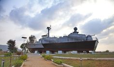 Centuries ago, the Arabs and the Portuguese recognised #Karwar as a safe port for sea trade. Over the years, the harbour's prominence has grown to such an extent that today, it houses the country's third major naval base – INS Kadama. For more insight into the #Karwar-navy association, visit the INS Chapal Warship Museum that stands anchored on the Karwar Beach.