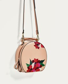 ZARA - TRF - EMBROIDERED OVAL CITY BAG