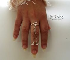 Bling Ring - Bijou: Anel de corrente dupla, estilo ajustável