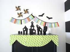 Halloween Haunted House [Free Printable Templates]