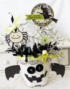 Halloween Treat Packaging by Melissa Phillips for Papertrey Ink (September 2012)