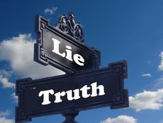 two truths and a lie - ice breaker game - teambuilding activity
