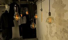 Mingili Shoreditch - Vintage Light Bulb - William & Watson