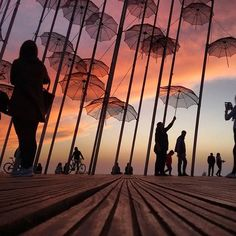 The unique umbrellas of Thessaloniki's seafront! ❤️ Credits to Vacation Destinations, Dream Vacations, Thessaloniki, Greece Travel, Photo S, Countryside, Louvre, Tower, Sunset