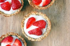Berry Oat Cups