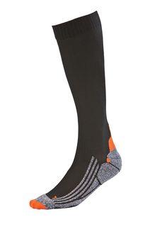 Pilkkoset Kompressiosukat edistävät verenkiertoa. Socks, Fashion, Moda, La Mode, Fasion, Fashion Models, Ankle Socks, Trendy Fashion, Sock