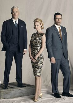 Mad Men - I must be thricely dressed with a three piece suit Don Draper, Betty Draper, Mad Men Party, Jon Hamm, Madison Avenue, Mad Men Season 4, Mad Men Fashion, Womens Fashion, Style Année 60