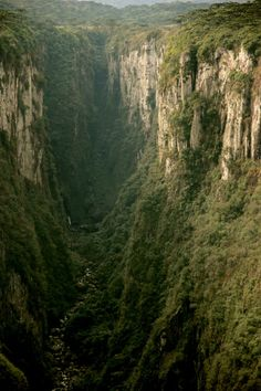 Deep Canyon, Brazil photo via besttravelphotos