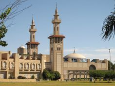 King Fadh Islamic Cultural Center in Buenos Aires is the biggest mosque in Argentina Beautiful Mosques, Most Beautiful Cities, Amazing Places, Mosque Architecture, Art And Architecture, Palermo, Temples, Islamic World, Peaceful Places