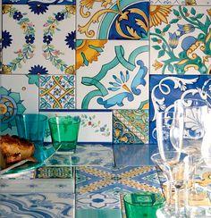http://www.vemat.com/wp-content/uploads/2012/01/arcea-ceramiche-vietresi.jpg