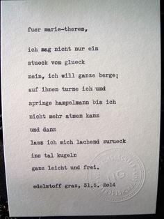 Sag mir ein Wort und ich schreib dir ein Gedicht. Wortfachgeschaeft @ Designmesse Edelstoff in Graz. Inspirationswort: Glück